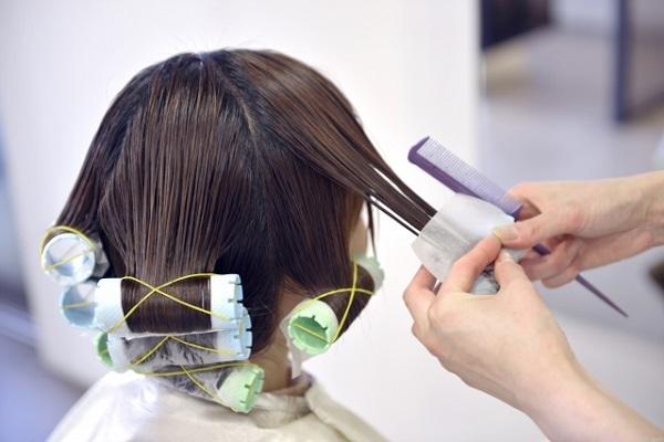 「美容師、働き方改革」宣言!美容室での働き方について紹介