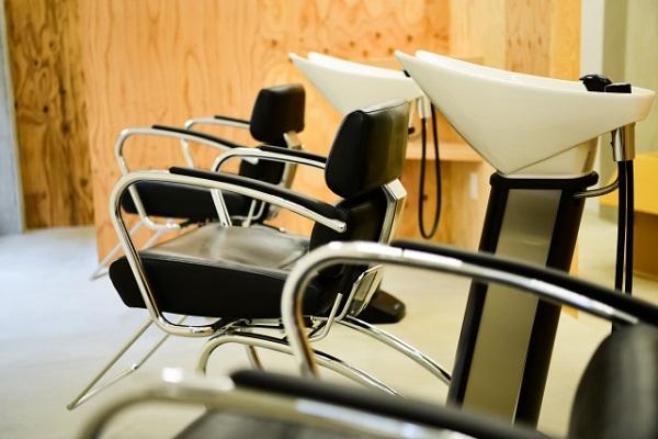 美容室経営者は必見!支払いのキャッシュレス推進で顧客満足度を高める方法