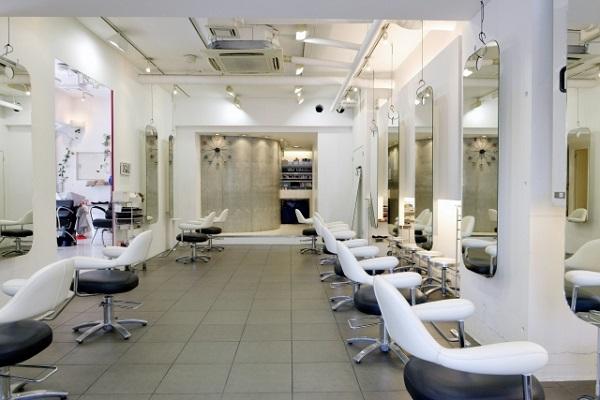 美容サロンの開業にはいくらくらい必要?費用相場を分かりやすく解説