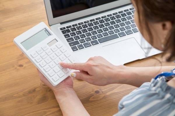美容サロンが実践するべき節税テクニックを紹介!所得控除や資金運用にも注目